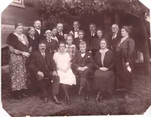 grandpaesaufamily_berlin1925
