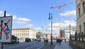 berlin_unterdenlinden_construction_sept2015