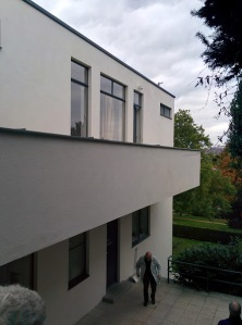 brno_villatugendhat_ext_balcony_side