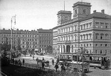 800px-Kaiser-Franz-Josefs-Bahnhof,_~1905
