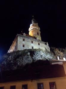 ceskykrumlov_castleatnight
