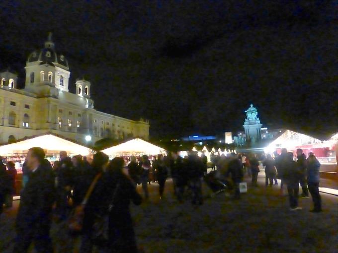 adventmarkt_mariateresiaplatz&khm