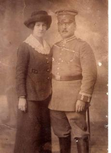 diehl_photo_diehl and wife_1915