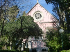 lisbon_britcemetery_churchfront