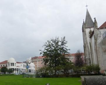lisbon_mercadocampoourique&cathedral