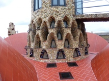 Palau Güell chimney, detail
