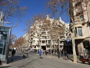 barcelona_passeiggracia_casamila_distance2