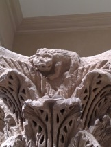 musartcat_romanesque_capital_lion