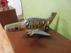 airplane_ceramicsmuseum_tlaquepaque
