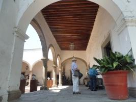 ceramicsmuseum_arcade_tlaquepaque