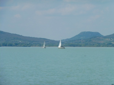 boats_lakebalaton_balatonmariafurdo_may6