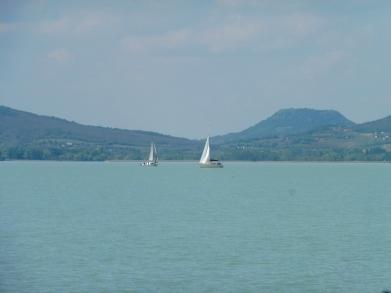 boats_lakebalaton_balatonmariafurdo_may6