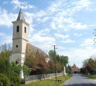 church&peakhouse_somogyszentpal_may2