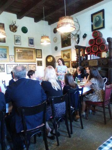 gradparty_girlsspeech_restaurant_fonyod_may6