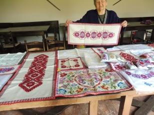heimatmuseum_embroideryladies_buzska_hungary_may6