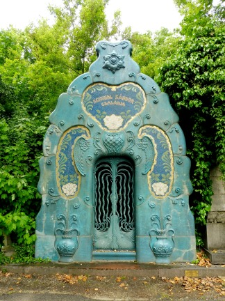 jewishcemetery_schmidltomb2_budapest_may9