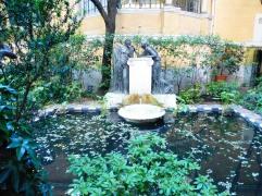 sorollamus_gardenpond&statue_madrid_may23