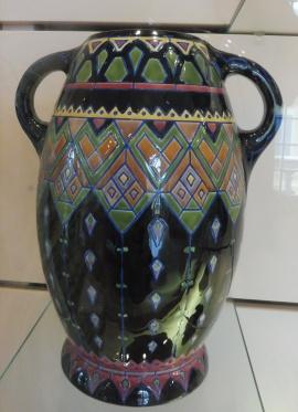 zsolnaymuseum_int_bluegeometric_pecs_may11