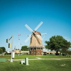 iowasmalltown_windmill