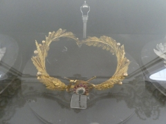 The golden laurel wreath used to crown Juarez after Maximilian was defeated.