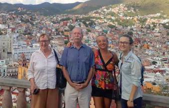 In Guanajuato, with Deborah Baro and her daughter Jenny, my cousin Robert's daughter