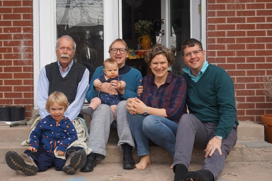 familyshot1_lakewood_apr2_2019